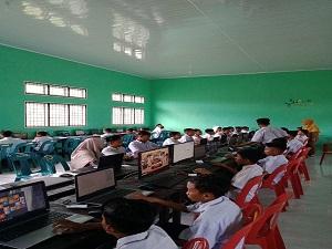 Lab Komputer Yayasan Nuris